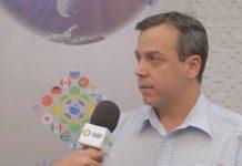 Rodrigo Abreu, da Alpha Graphics, destaca a riqueza e aplicabilidade das palestras do 4º Congresso e sugere o que seria interessante em termos de conteúdo para incentivar o investimento estrangeiro de redes no Brasil.