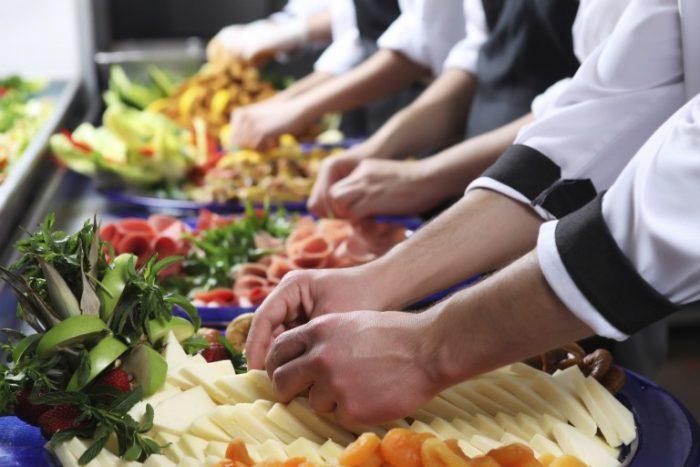 Comitê de Food Service debate tendências globais em investimentos no Brasil e no mundo