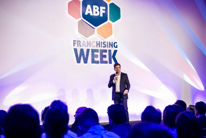 Com seminário e pesquisa de Food Service, ABF abre Franchising Week 2019